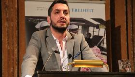 Menschenrechtsanwalt Veysel Ok